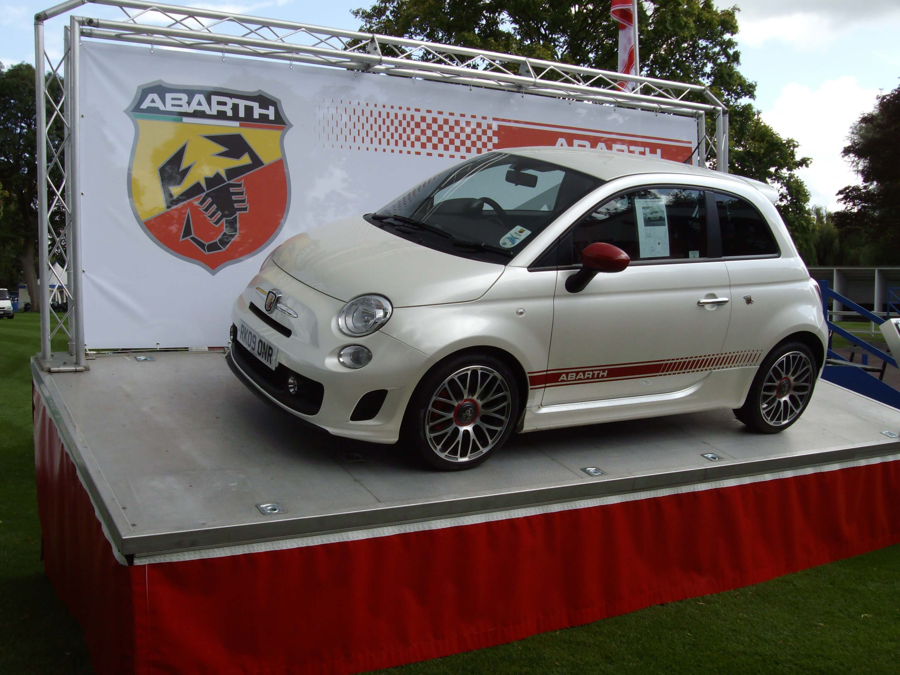 Stage Mobiles SM Our Vehicle Display Trailer Unit - Car display
